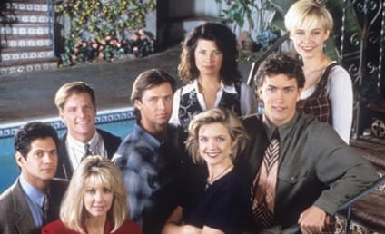 Melrose Place Cast Reunites to Talk Catfights, the Heather Locklear Effect, and More!