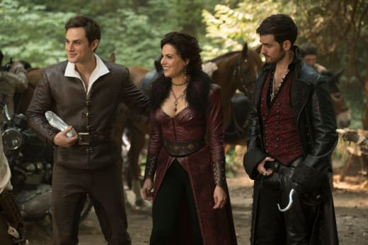 Wear the Shoe! - Once Upon a Time Season 7 Episode 3