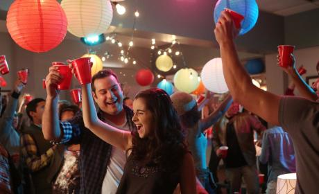 Party Time - Switched at Birth Season 4 Episode 5
