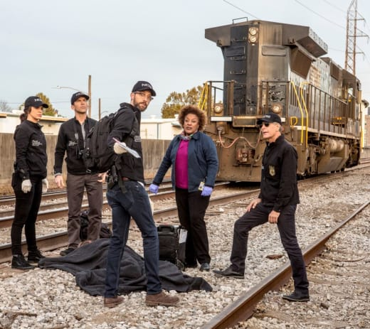 Victim of a Train - NCIS: New Orleans Season 4 Episode 14