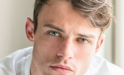 Gossip Girl Reboot Adds Legacies' Thomas Doherty, Three More to Cast