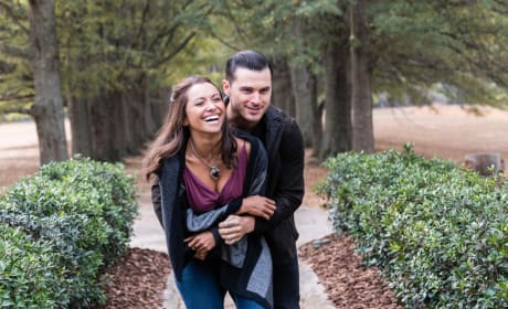 Happy Times - The Vampire Diaries Season 8 Episode 11
