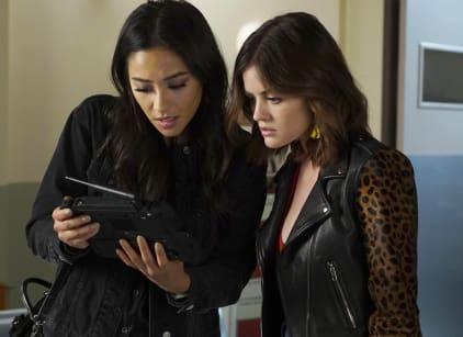 Watch Pretty Little Liars Season 7 Episode 13 Online