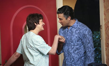"""Jane the Virgin Photos from """"Chapter 11"""""""