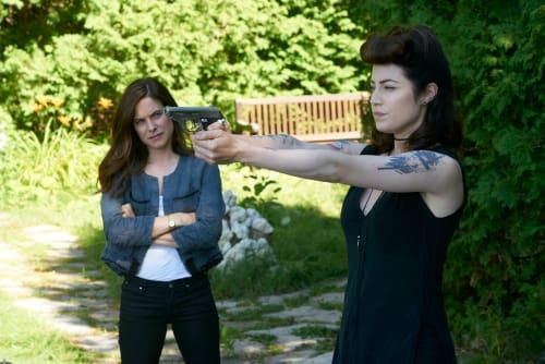 Nicole is a Crack Shot - Mary Kills People Season 1 Episode 4