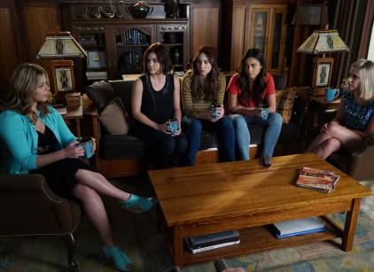 Watch Pretty Little Liars Season 6 Episode 8 Online