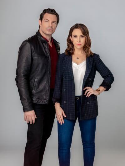 Dramatic Logan and Tess