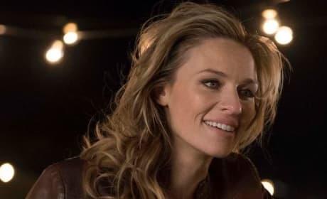 Sarah Smiles - The Village Season 1 Episode 1