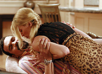 Watch Desperate Housewives Season 3 Episode 17 Online