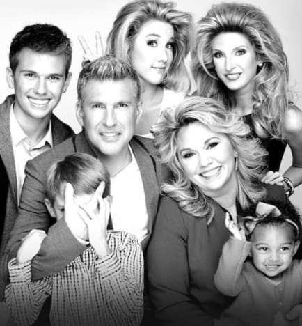 The Chrisley Family Pose - Chrisley Knows Best