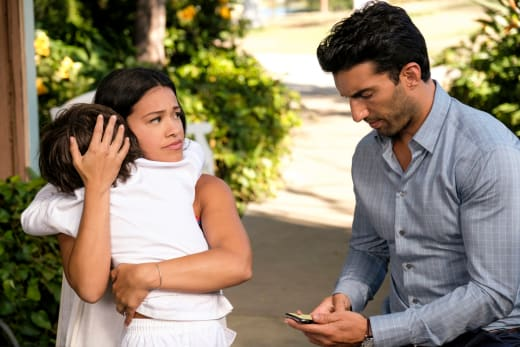 Jane the Virgin Season 5 Episode 3 Review: Chapter Eighty-Four - TV ...