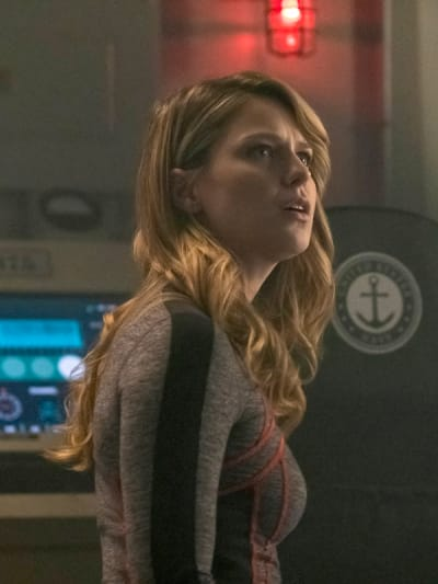 The Red Daughter - Supergirl Season 4 Episode 16