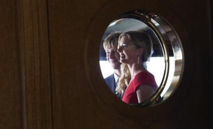 Revenge Season 2 Premiere Pics: She's Back ...