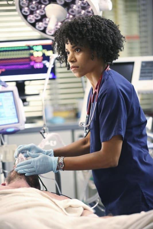 Kelly McCreary on Grey's Anatomy Season 11 Episode 1