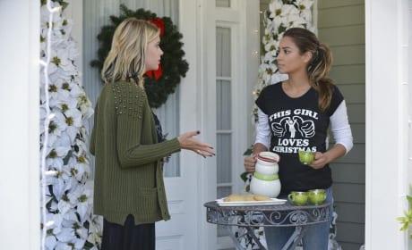 Fields Beverage Service - Pretty Little Liars Season 5 Episode 12