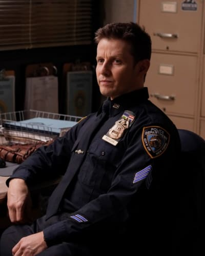 Sergeant Reagan on Duty - Blue Bloods Season 9 Episode 18
