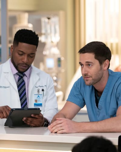 Max is Struggling - Tall - New Amsterdam Season 1 Episode 13