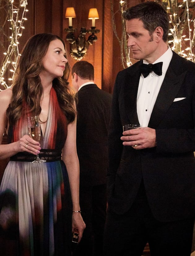 That's Not the Look of Love - Younger Season 6 Episode 2