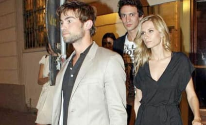 Spotted: Chace Crawford and Elizabeth Minett!