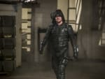 Guess Who Is Back In Green - Arrow Season 6 Episode 8