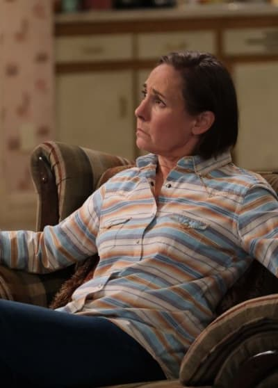 Jackie Gives Advice - The Conners Season 3 Episode 12