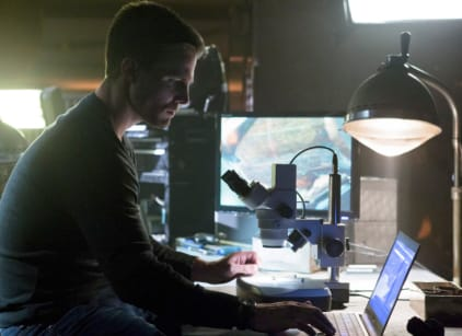 Watch Arrow Season 1 Episode 3 Online
