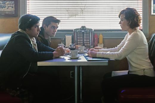 Coming Clean - Riverdale Season 1 Episode 12