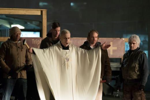 Brother Love and His Disciples - iZombie Season 4 Episode 8