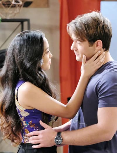 JJ and Haley Reunite - Days of Our Lives