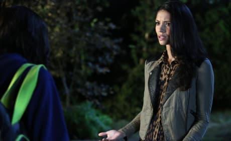 Emily's Pal - Pretty Little Liars Season 5 Episode 20