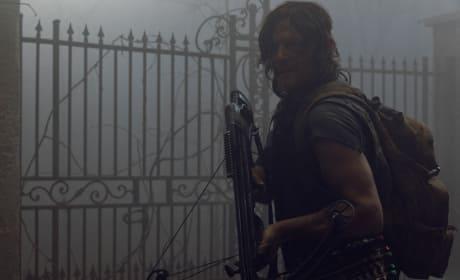 Grave Danger - The Walking Dead Season 9 Episode 9