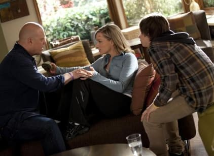 Watch No Ordinary Family Season 1 Episode 19 Online