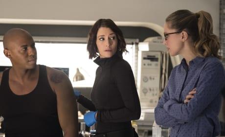 James is Hurt - Supergirl Season 2 Episode 12