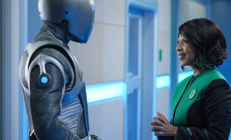 If He Only Had a Heart - The Orville Season 2 Episode 1