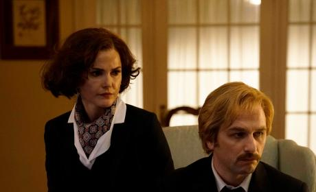 The Eckharts - The Americans Season 5 Episode 1
