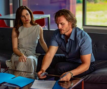 Coming To a Head - Mary Kills People