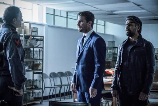 Slade Not Impressed - Arrow Season 6 Episode 5
