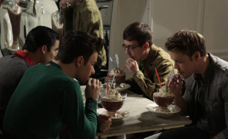 Blaine, Kurt, Artie and Sam