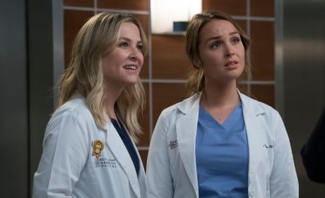 Arizona With the Save! - Grey's Anatomy Season 14 Episode 9
