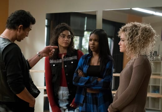 Is Big Trouble in trouble? - Star Season 1 Episode 8