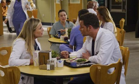 Who's side is Alex on? - Grey's Anatomy