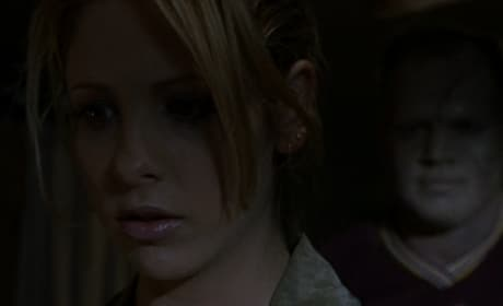 Stalking Zombie - Buffy the Vampire Slayer Season 2 Episode 2
