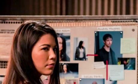 Emiko at the Crime Board - Arrow Season 7 Episode 14