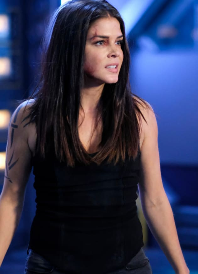 Octavia's Space Issues - The 100 Season 6 Episode 2