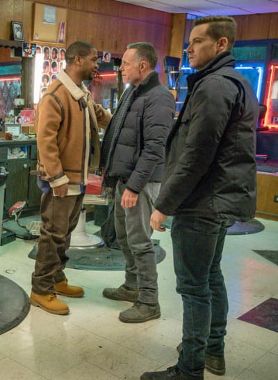 Let's Make a Deal  - Chicago PD Season 6 Episode 18