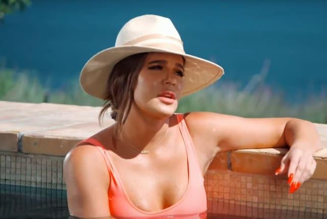 Watch Keeping Up with the Kardashians Season 19 Episode 9 ...