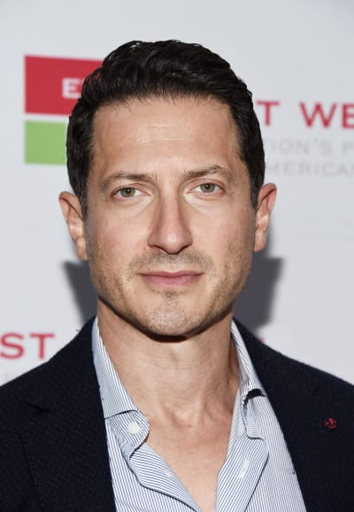 Sasha Roiz Arrives at Awards Fundraiser