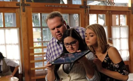 Watch Modern Family Online: Season 8 Episode 11