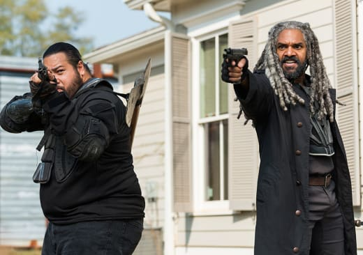Ezekiel and Jerry - The Walking Dead Season 7 Episode 16