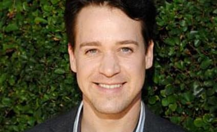Source: T.R. Knight Wants Out of Grey's Anatomy Contract